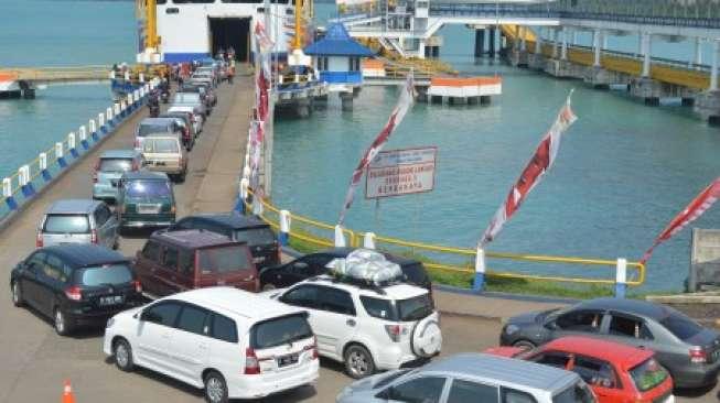 Tiket Mobil Kapal Laut Surabaya